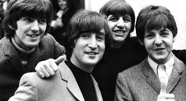 Beatles: Rock Band Collector's Edition Detailed
