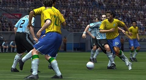 Konami announces October 17th release date for PES 2009