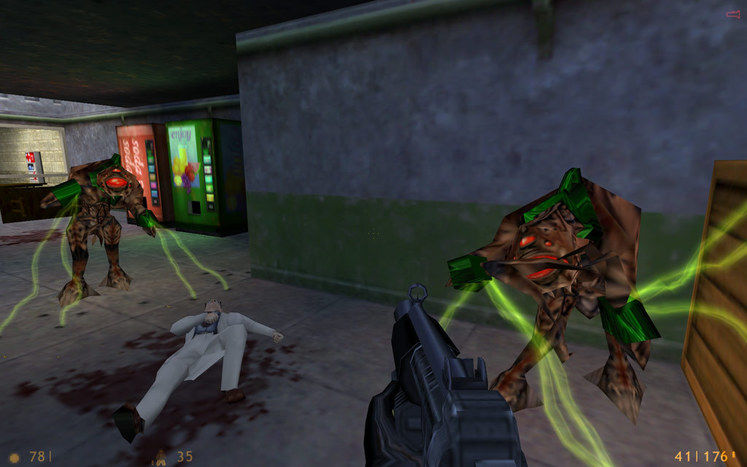 Ludicrously fast Half-Life speedrun breaks fastest time record
